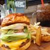 サニーサイドアップ - 料理写真:インスタで話題の名物西通りバーガー