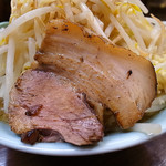 麺屋 滝昇 - 炙り豚バラが1枚で豚は寂しげ