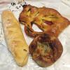小麦と酵母 満 - 料理写真:購入パン