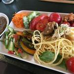 野菜ビュッフェ ツナギィーナ -
