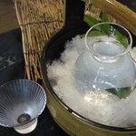 うるおす - 毎日日替わりでおすすめの冷酒を仕入れてます。600円~