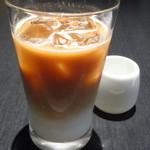 カフェ・コムサ - アイスカフェラテ