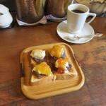 54110440 - 小倉トースト シャンティルージュスペシャル:コンフィチュール(甘夏、杏、マーマレード、無花果)&ブレンドコーヒー