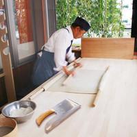 茨城産常陸秋そばを毎日店頭で手打ち