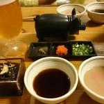 やんばるダイニング 松の古民家 - もずく酢。ポン酢とゴマダレ