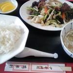 中華料理 萬来軒 - レバ炒めライス