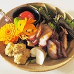 ゆるり 中華食堂 癒食同源 - おまかせ・前菜いろいろ盛り合わせ
