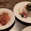 カフェ スタンド - 料理写真:Bのおさらは、ドライカレーと野菜のお皿。ドライカレーは夏向きのしっかりめの味付けでした。おいしい。