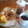 ボンコアンコーヒー - 料理写真:【更新】BonCoinのパンと、フレンチプレスのコーヒー