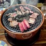 焼肉居酒屋 くまみちゃん  - 牛バラカルビ、ジンギスカン、ウィンナー