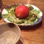 炎丸 - 料理写真:丸ごとトマトのサラダ