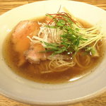 麺屋 一慶 - 醤油ラーメン