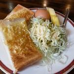 明日香 - アーモンドトーストのセット(+100円)