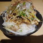 54196146 - 鶏ネギ丼(\200)