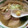 特麺コツ一丁ラーメン - 料理写真:ラーメン 麺半分 700円 ニンニクちょっと