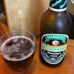 エイケイコーナー - ラオスの黒ビール。確か500円