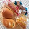 富士家パン - 料理写真:いちごロールパン、ネオロールパン、クリームパン、焼きカレーパン、3色コルネ