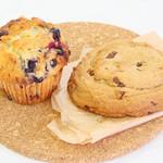 エイミーズ ベイクショップ - マフィン(ベリー&ベリー)/アメリカンチューイーケーキ