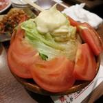 焼肉 山河 - ・「トマトサラダ(¥313)」