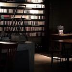 JAZZ茶房 靑猫 - 内観写真:CDコレクション