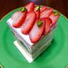 御影高杉  - 料理写真:苺のショートケーキ 580円