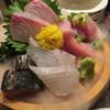 呑み屋さん みのる - 料理写真:刺身盛り合わせ