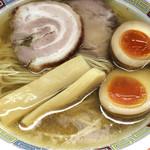 Niboshiiwashiramenen - 塩らーめん 780円(ネギ抜き) 味玉1/2個 50円(1/2個は元々入ってます)