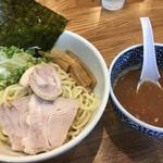 めんごころ なつ - つけ麺300g+さんま香味油(2016年8月、税込880円+50円)