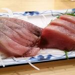魚三酒場 - 料理写真:かつお刺身