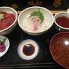 やっこ鮨 - 料理写真:ふたご丼 ¥900-