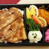 ル・タブリエ - 料理写真:洋食屋さんのトンテキ弁当 ¥1,000