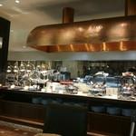 グランカフェ - 内観写真:ブッフェコーナー