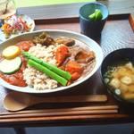 里山カフェ - 具だくさんのお味噌汁