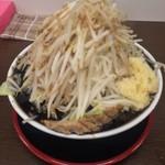麺屋 元 - 黒マー油ラーメン大盛り(820円)野菜にんにくマシ