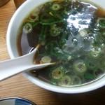 だてそば - 獨眼流スープ:150円