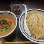 らー麺 あけどや - 胡麻味噌つけ麺(大) ¥800-