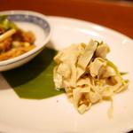 中華香彩JASMINE - 押し豆腐と豆苗と雪菜