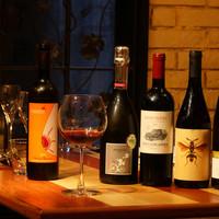 お料理に合わせた自然派ワインとリキュール