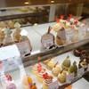 カラーズ カップケーキ - 料理写真:上段中央、チョコアーモンドを購入