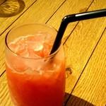 サラダレストラン Mr.&Mrs.GREEN - Mr.&Mr.sGREEN セットドリンク ブラッドオレンジジュースです。ほどよい酸味でさっぱりいただけました♪ fromグリーンロール