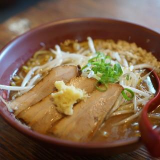 大公 - 料理写真:3枚チャーシュー味噌ラーメン