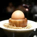 81 - トリュフオイルが注入された卵