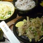清香園 - 塩バラ定食 税抜き910円