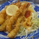 レストランばーく - 海老から揚げ定食