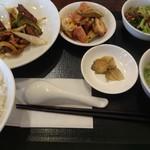 中国料理 東方美人 - 本日の2品ランチです