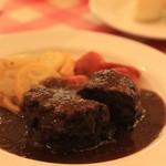 CASA MIA - 牛スネ肉に赤ワイン煮込み