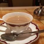 ミラン・ナタラジ - ラム豆乳チャイ