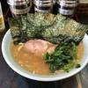 ありがた家 - 料理写真:ラーメン中盛り、海苔増し ¥880