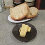 マサモト - 料理写真:パーラー江古田のパン盛り&アンチョビ・バター