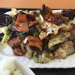 中国料理 東昇餃子楼 - キクラゲ多し